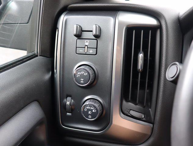 2017 Chevrolet Silverado 1500 Double Cab 4x4, Pickup #M00872G - photo 22