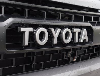 2017 Toyota Tundra Crew Cab 4x4, Pickup #M04446G - photo 9