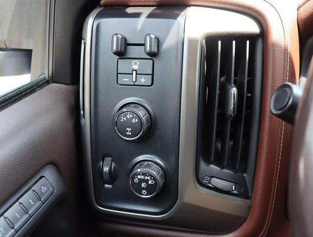 2016 Chevrolet Silverado 2500 Crew Cab 4x4, Pickup #M46530G - photo 21
