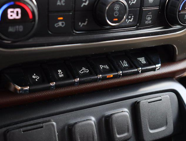 2016 Chevrolet Silverado 2500 Crew Cab 4x4, Pickup #M46530G - photo 29