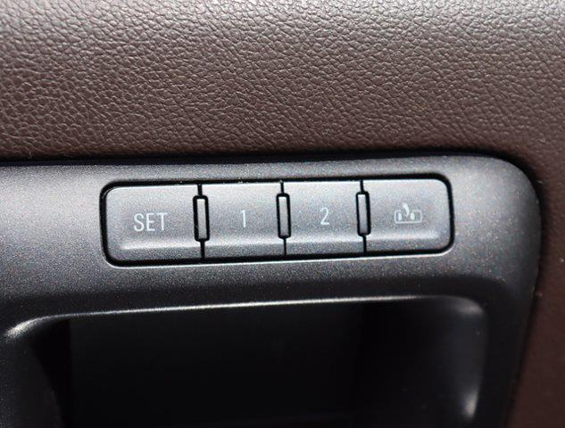 2016 Chevrolet Silverado 2500 Crew Cab 4x4, Pickup #M46530G - photo 36