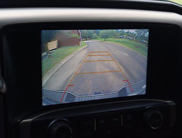 2017 GMC Sierra 2500 Crew Cab 4x4, Pickup #M75114H - photo 24