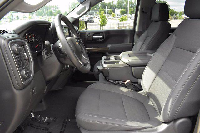 2020 Chevrolet Silverado 1500 Crew Cab 4x4, Pickup #DM34591A - photo 15