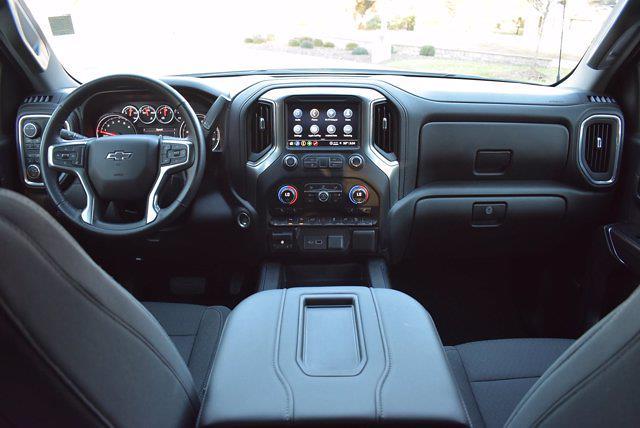2021 Chevrolet Silverado 1500 Crew Cab 4x4, Pickup #M06886 - photo 18