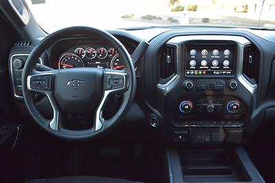 2021 Chevrolet Silverado 1500 Crew Cab 4x4, Pickup #M06886 - photo 17