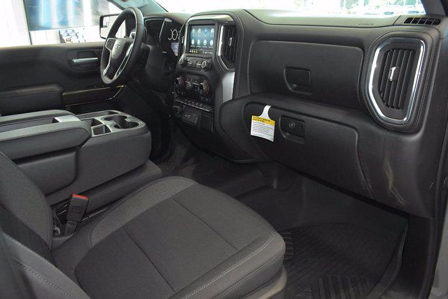2021 Chevrolet Silverado 1500 Crew Cab 4x4, Pickup #M16356 - photo 11
