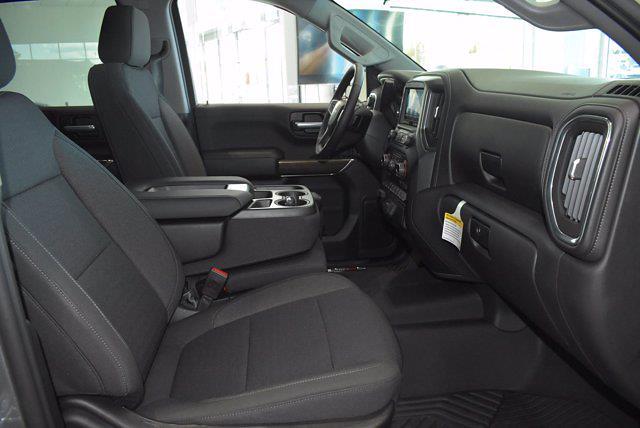2021 Chevrolet Silverado 1500 Crew Cab 4x4, Pickup #M16356 - photo 12