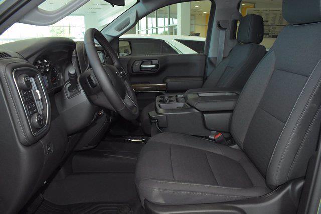 2021 Chevrolet Silverado 1500 Crew Cab 4x4, Pickup #M16356 - photo 8