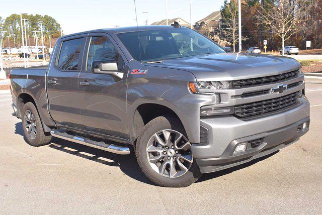 2021 Chevrolet Silverado 1500 Crew Cab 4x4, Pickup #ZM17850 - photo 3