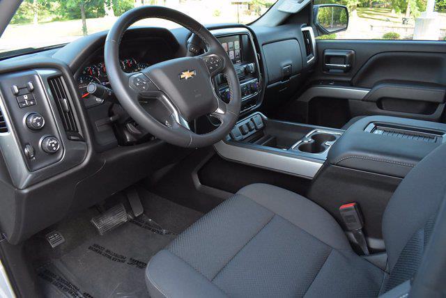 2017 Chevrolet Silverado 1500 Double Cab 4x4, Pickup #M19670A - photo 10