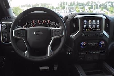 2021 Chevrolet Silverado 1500 Crew Cab 4x4, Pickup #M25095 - photo 16