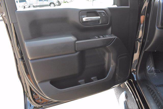 2020 Chevrolet Silverado 1500 Crew Cab 4x4, Pickup #M27207A - photo 16