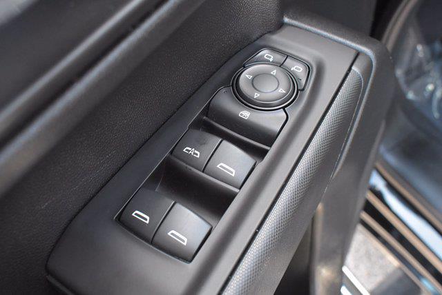 2020 Chevrolet Silverado 1500 Crew Cab 4x4, Pickup #M27207A - photo 17