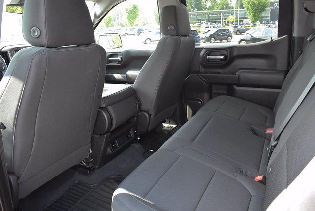 2020 Chevrolet Silverado 1500 Crew Cab 4x4, Pickup #M27207A - photo 18