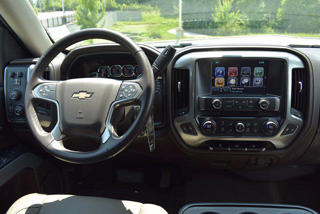 2017 Chevrolet Silverado 1500 Crew Cab 4x4, Pickup #M43523A - photo 13