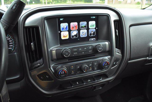 2018 Chevrolet Silverado 1500 Crew Cab 4x4, Pickup #M64646A - photo 16