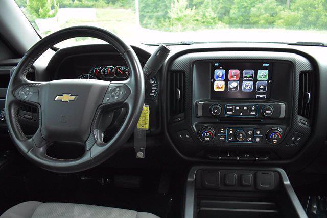 2017 Chevrolet Silverado 1500 Crew Cab 4x2, Pickup #M68113A - photo 11