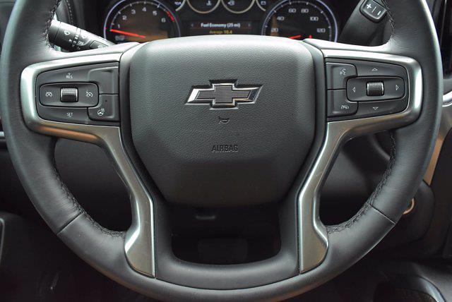 2020 Chevrolet Silverado 1500 Crew Cab 4x4, Pickup #M68430N - photo 16
