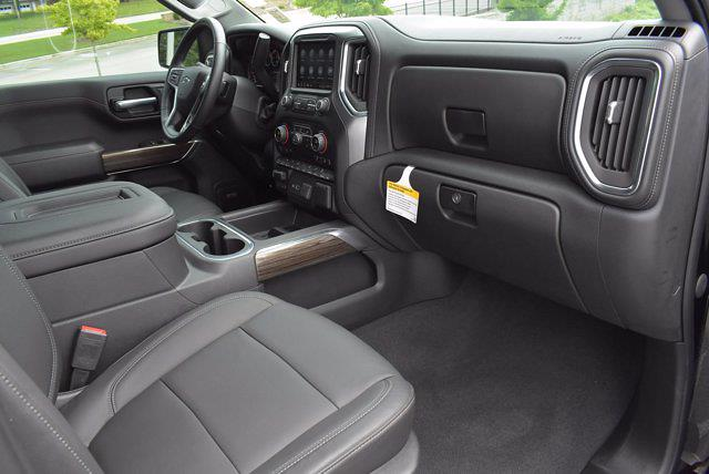 2020 Chevrolet Silverado 1500 Crew Cab 4x4, Pickup #M68430N - photo 19
