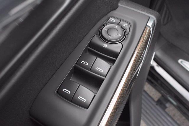2020 Chevrolet Silverado 1500 Crew Cab 4x4, Pickup #M68430N - photo 28