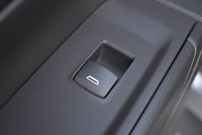 2020 Chevrolet Silverado 1500 Crew Cab 4x4, Pickup #XH08270A - photo 20