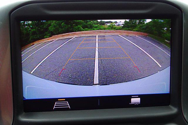 2021 Chevrolet Silverado 1500 Crew Cab 4x2, Pickup #DM22990A - photo 21