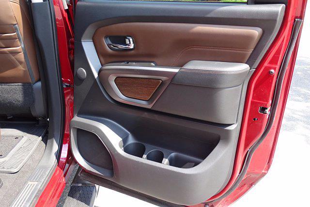 2018 Nissan Titan Crew Cab 4x4, Pickup #M27305B - photo 46