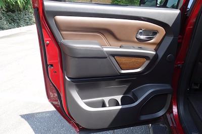 2018 Nissan Titan Crew Cab 4x4, Pickup #M27305B - photo 39