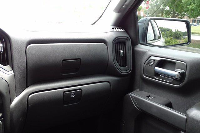 2021 Chevrolet Silverado 1500 Crew Cab 4x2, Pickup #M23769A - photo 11