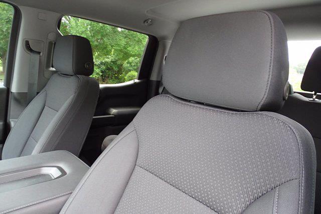 2021 Chevrolet Silverado 1500 Crew Cab 4x2, Pickup #M23769A - photo 15
