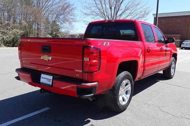 2018 Chevrolet Silverado 1500 Crew Cab 4x4, Pickup #M8111B - photo 1