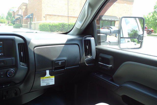 2018 Chevrolet Silverado 3500 Crew Cab 4x4, Pickup #PS8025 - photo 11