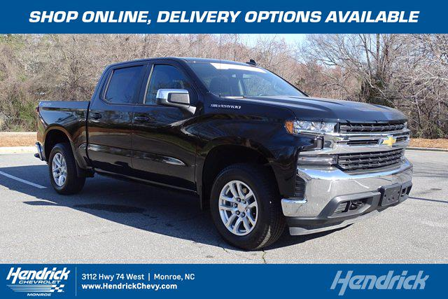 2020 Chevrolet Silverado 1500 Crew Cab 4x4, Pickup #SA7893 - photo 1