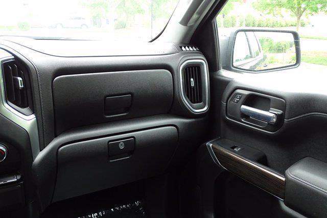 2020 Chevrolet Silverado 1500 Crew Cab 4x4, Pickup #SA7956 - photo 11