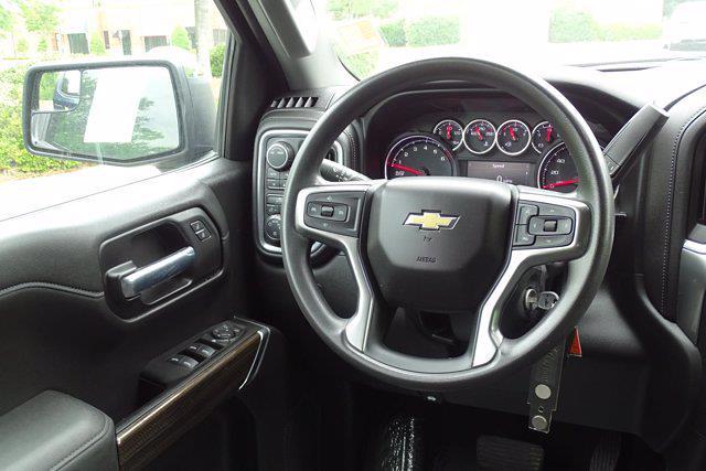 2020 Chevrolet Silverado 1500 Crew Cab 4x4, Pickup #SA7956 - photo 12