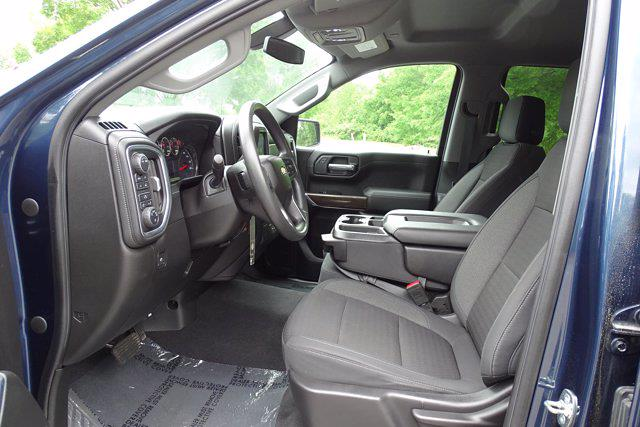 2020 Chevrolet Silverado 1500 Crew Cab 4x4, Pickup #SA7956 - photo 14