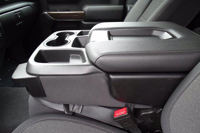 2020 Chevrolet Silverado 1500 Crew Cab 4x4, Pickup #SA7956 - photo 17