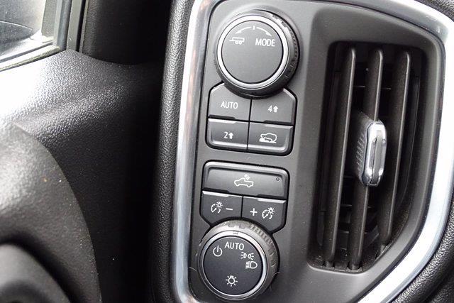 2020 Chevrolet Silverado 1500 Crew Cab 4x4, Pickup #SA7956 - photo 27
