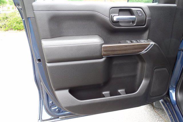 2020 Chevrolet Silverado 1500 Crew Cab 4x4, Pickup #SA7956 - photo 30