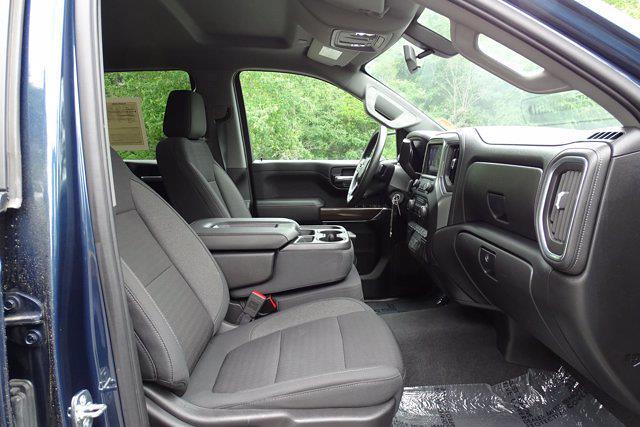 2020 Chevrolet Silverado 1500 Crew Cab 4x4, Pickup #SA7956 - photo 41