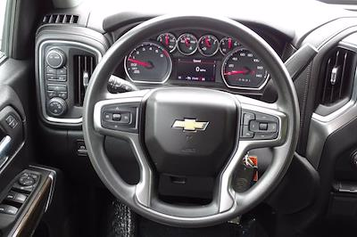 2020 Chevrolet Silverado 1500 Crew Cab 4x4, Pickup #SA7956 - photo 13