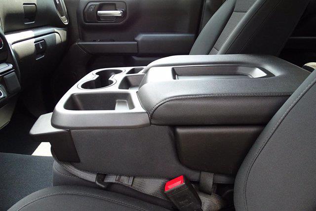 2019 Chevrolet Silverado 1500 Crew Cab 4x4, Pickup #SA8056 - photo 17