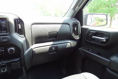 2019 Chevrolet Silverado 1500 Crew Cab 4x4, Pickup #SA8056 - photo 11