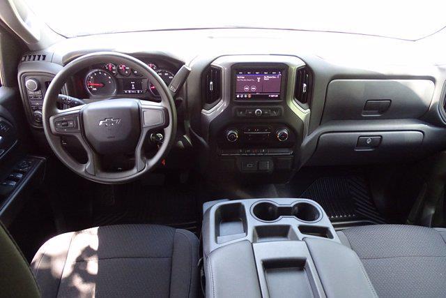 2020 Chevrolet Silverado 1500 Crew Cab 4x4, Pickup #X8065 - photo 17