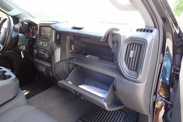 2020 Chevrolet Silverado 1500 Crew Cab 4x4, Pickup #X8065 - photo 7