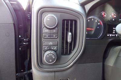 2020 Chevrolet Silverado 1500 Crew Cab 4x4, Pickup #X8065 - photo 27