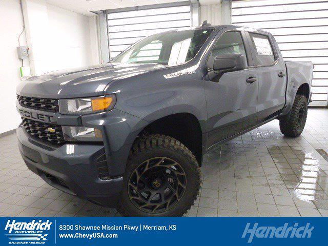 2021 Chevrolet Silverado 1500 Crew Cab 4x4, Pickup #MB8496 - photo 1