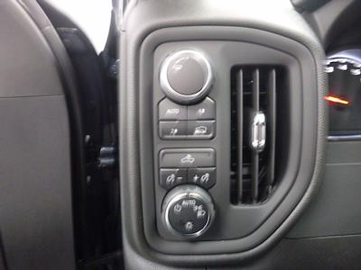 2021 Chevrolet Silverado 1500 Crew Cab 4x4, Pickup #MB8496 - photo 17