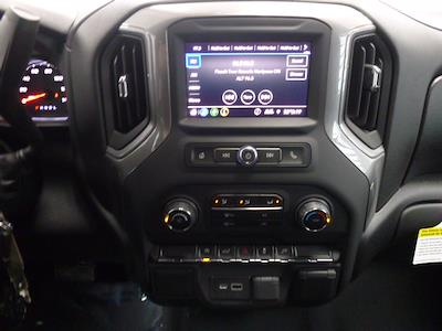 2021 Chevrolet Silverado 1500 Crew Cab 4x4, Pickup #MB8496 - photo 24