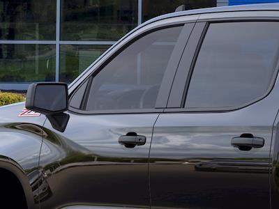 2021 Chevrolet Silverado 1500 Crew Cab 4x4, Pickup #MB8498 - photo 10